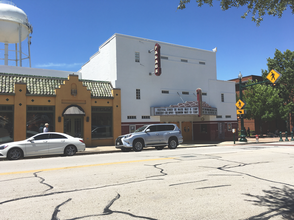 The Palace Theater in downtown Grapevine
